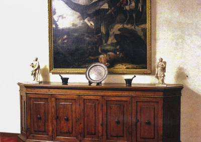 Credenza in noce di origine italiana - epoca 1600